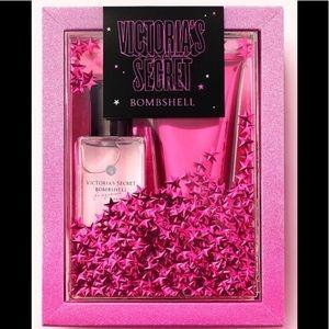 Victoria's Secret Bombshell Mist  Lotion Gift Set